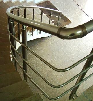 Bükümlü Merdiven Korkuluğu