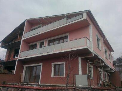 alüminyum dikmeli camlı balkon korkulukları
