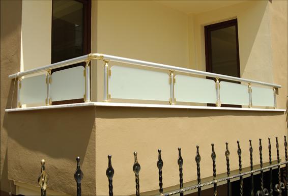 alüminyum parapet camlı balkon korkuluk