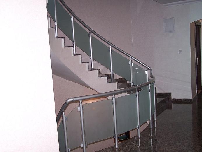 alüminyum dikmeli camlı merdiven korkuluk