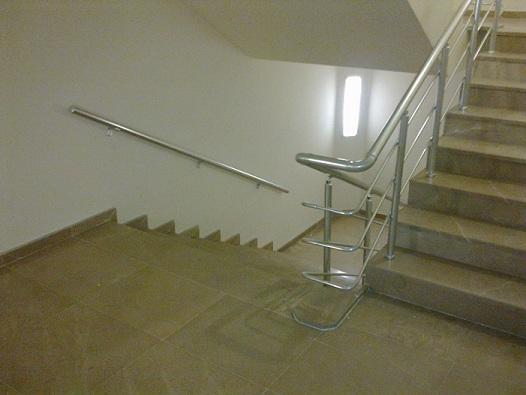 alüminyum merdiven korkuluk küpeşte